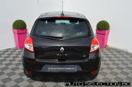 RENAULT CLIO 1.5 DCI 75 Night & Day